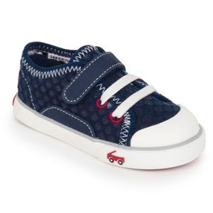 New with box See Kai Run boys shoes
